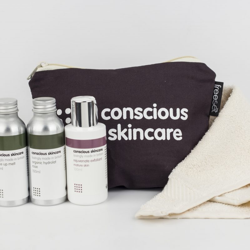 Win a Conscious Skincare Organic Rejuvenating Facial Cleansing Kit worth £35!