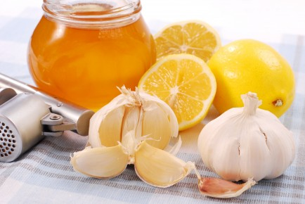 garlic_lemon_honey-434x290