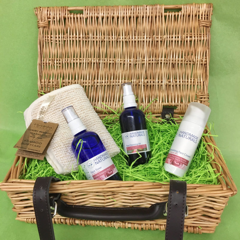WIN Cleanse, Tone & Moisturise Gift Set from Handmade Naturals worth £42.10!